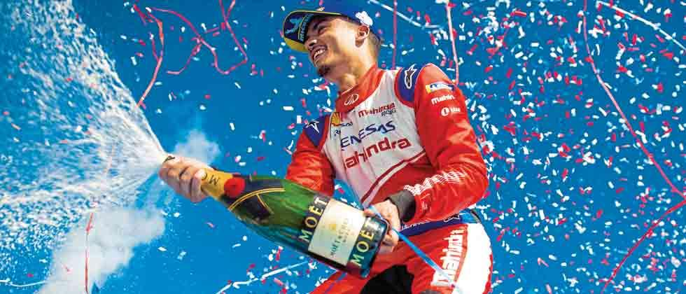 Pascal wins podium for Mahindra Racing