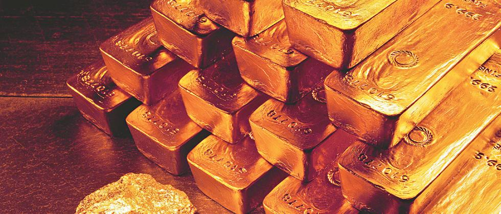 Gold prices remain almost flat at Rs 39,210