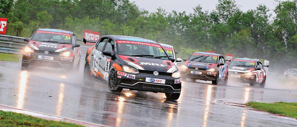 Prateek, Jeet steal show in Ameo Class on wet weekend