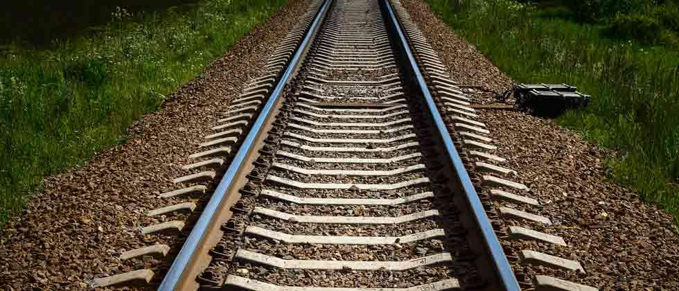 State goverments want to cut frequency of trains