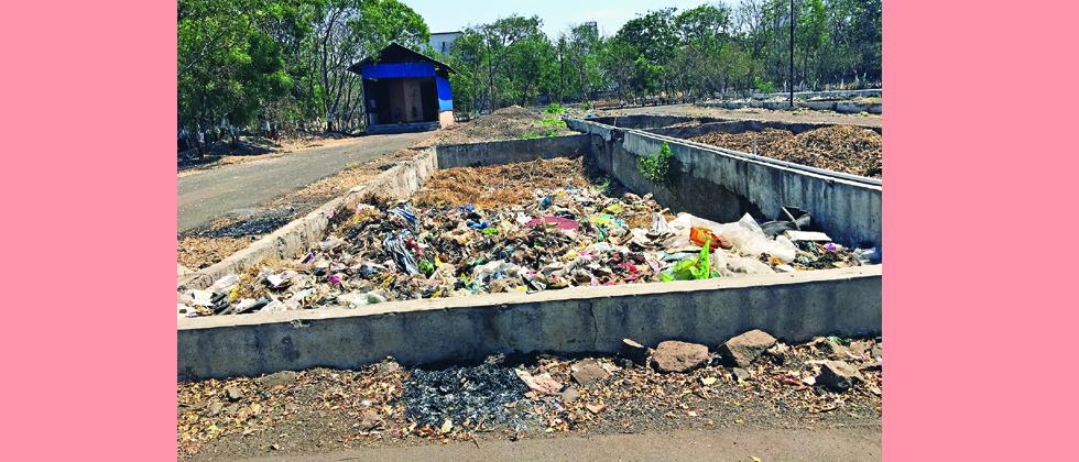 The vermiculture project of PCB does not operate to its full capacity and most of the  pits are being used for dumping dry garbage and even for storing plastic.
