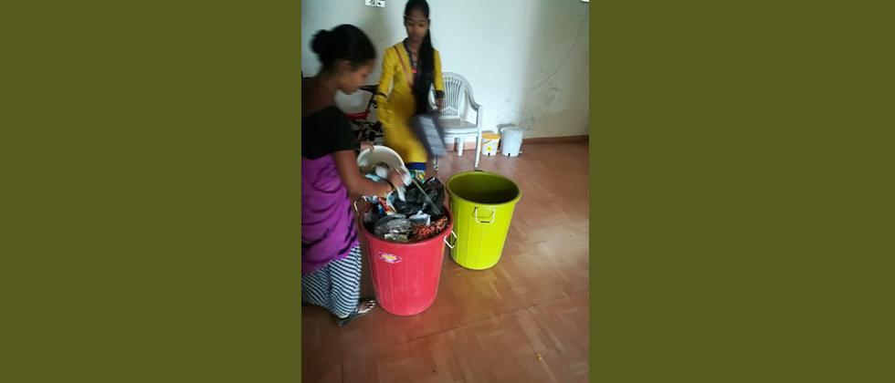 Coronavirus Pandemic: These Pune waste-pickers are working without gloves, masks!