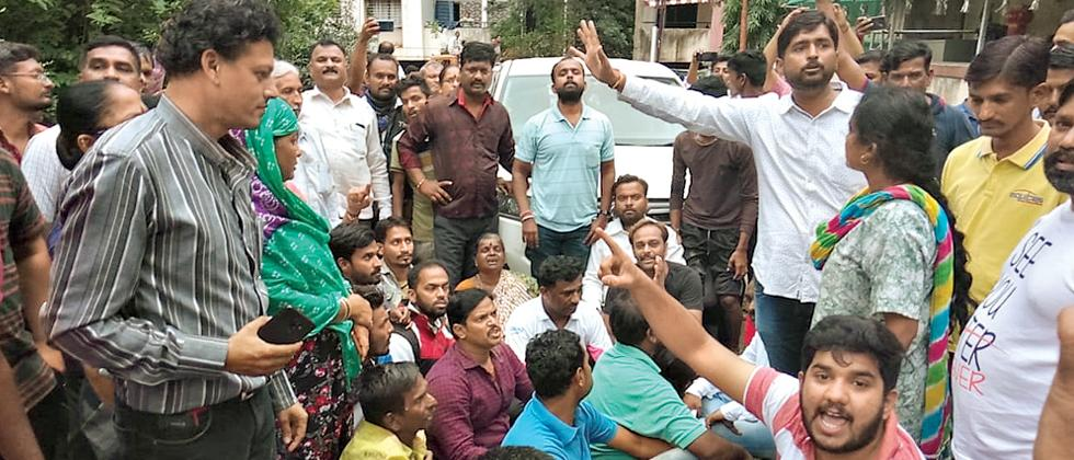 Ministers Patil, Athawale face flood-affected people's outrage