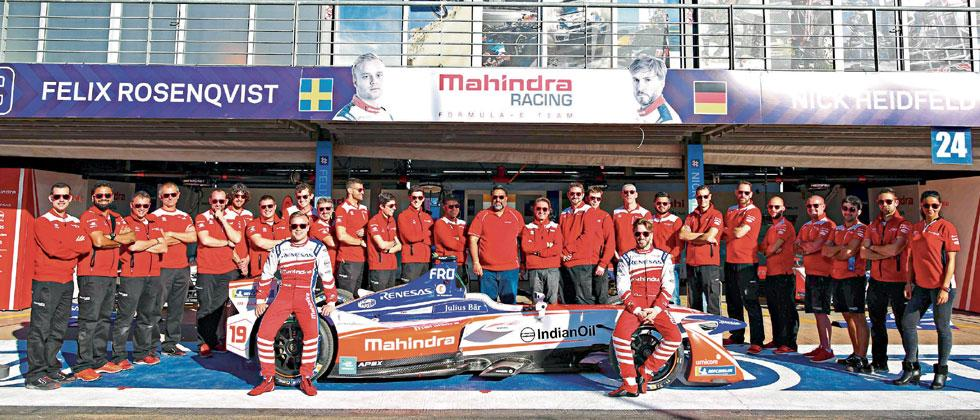 Mahindra Racing team poses for a group picture after the conclusion of the Marrakesh ePrix.