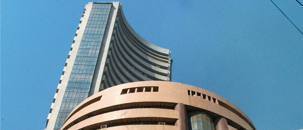 Sensex, Nifty fall 1%, hit 7-month low