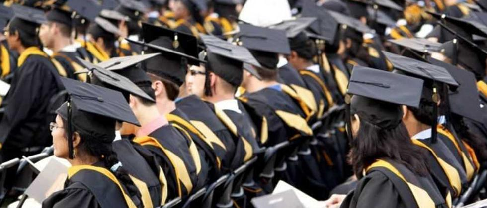 Degree certificates will be distributed to a total of 7,035 undergraduate and postgraduate students in various disciplines who have passed in 2018-19 and earlier.