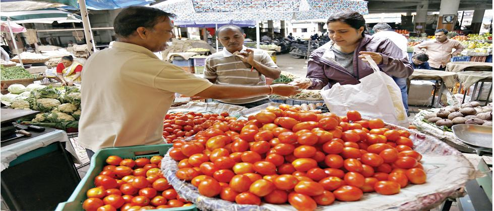Tomato vendors at Pune's vegetable wholesale market, Mahatma Phule Mandai, blamed the monsoon for shortage of tomatoes while some are blaming the recent farmers' strike, in which fresh stock was destroyed in large quantities.