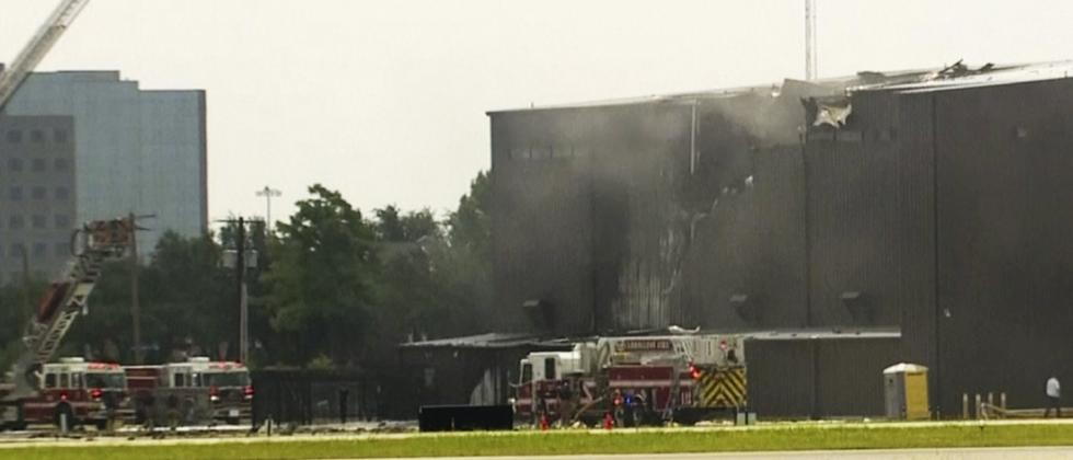 10 killed when small plane crashes on takeoff in Texas