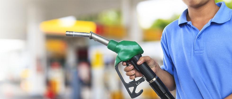Petrol pumps to remain open from 8 am to 4 pm