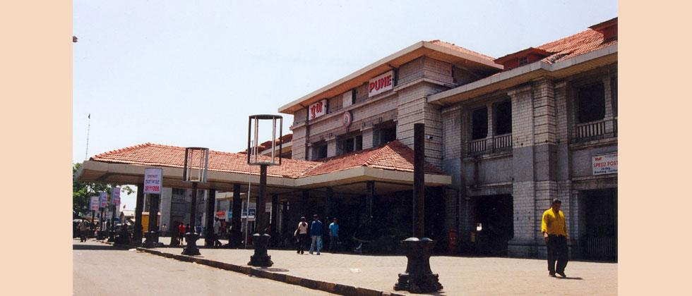 All six Pune railway platforms to be extended by March 2019q