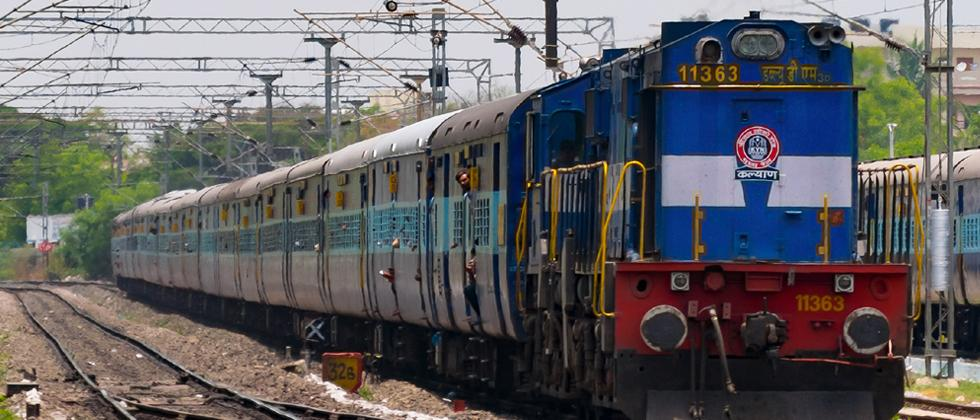 Railway to ply Hussain Sagar Express up to CSMT, Mumbai