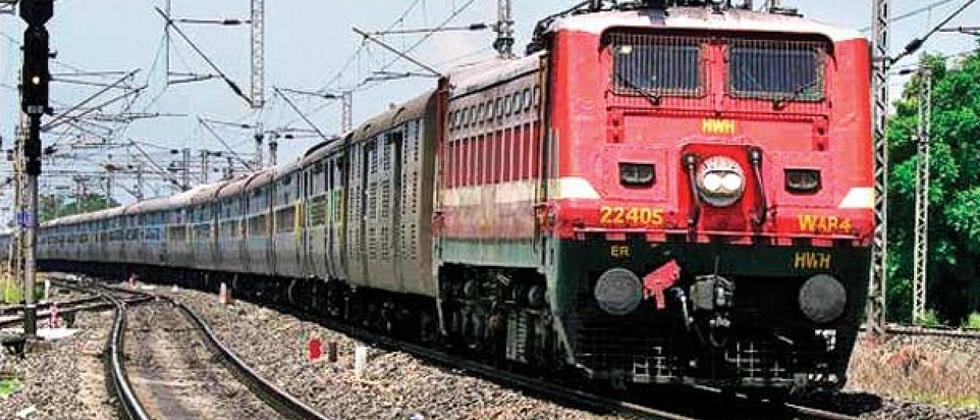 Indian Railways starts inviting private companies in train operations