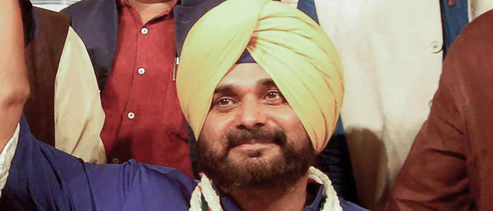 Navjot Sidhu likely to ditch Congress for AAP ahead of 2022 Punjab polls
