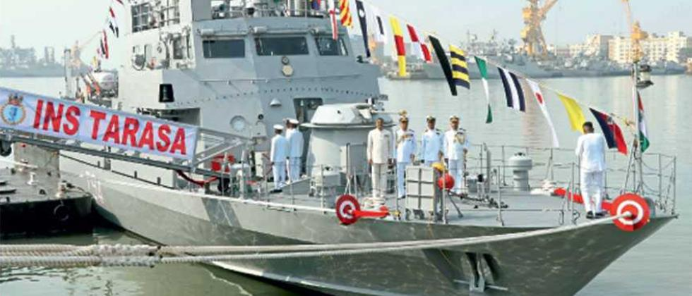 PM greets Navy personnel on Navy Day