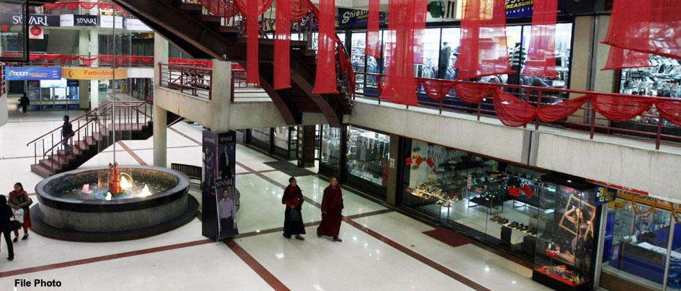 Retailers continue to witness 67 per cent fall: Survey