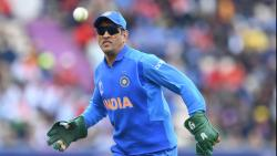 Dhoni dropped from BCCI's central contracts list