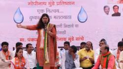 Pankaja Munde sits on hunger strike over Marathwada water woes