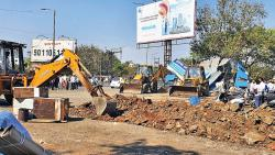 PMC clears encroachments near Mula-Mutha river