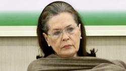 Sonia Gandhi: See the plight of migrants, give them Rs 7,500