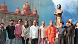 Swami Vivekananda's statue unveiled at FTII