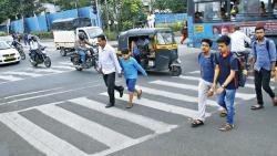SPTM has demanded that the Pune city traffic police should register complaints about non-functional pedestrian signals just like they do about the signals for motorists.