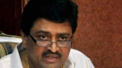 """BJP-led govt in Maha """"dilly-dallying"""" on Maratha quota: Cong"""