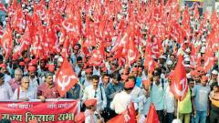 Farmers continue 'long march' to seek complete loan waiver