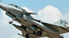 The Oppn campaign on Rafale has limitations - no smoking gun, no story