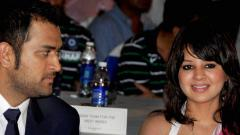 Home buyers' money diverted to MS Dhoni, Sakshi Dhoni's company