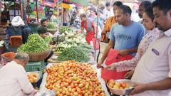 After onions, tomatoes get dearer