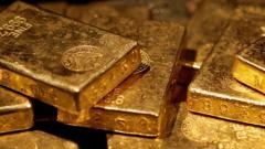 Gold futures hit fresh record of Rs 47,000 on MCX