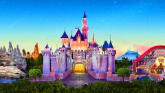 Disneyland in California to close over virus