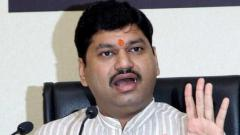BJP raises audio clip issue in Assembly; wants Munde suspended