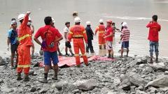 Myanmar jade mine landslide kills 113