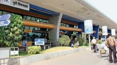 Air travellers face woes