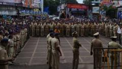 Peaceful immersion processions in the city: Cops