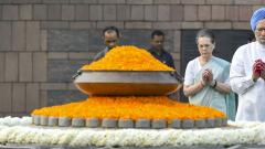Top Congress leaders pay tributes to former PM