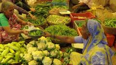 Fruit, vegetable prices up due to drought