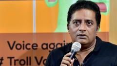 Prakash Raj announces entry into politics