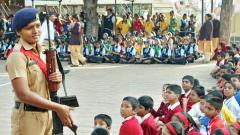 Pune police visit schools to bond with students