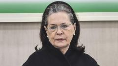 Sonia Gandhi says, elect new Congress President; Manmohan Singh urges her to continue as chief