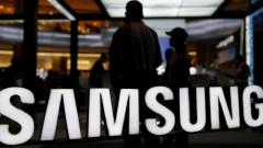 Samsung leads flagship segment in India