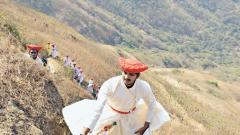 350 trekkers pay tribute to Tanaji at Sinhagad Fort