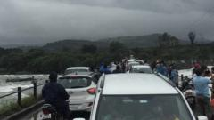 many tourists had crowded the narrow bridge at the back of the Khadakwasla dam in defiance of the order.