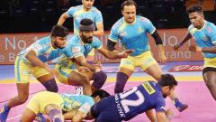 Thalaivas hold Steelers 32-32 in close battle