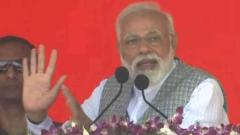 "Congress wants to install ""helpless"" PM, says Modi"