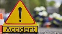 Pune: Car rams container truck; five killed