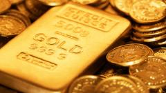 Gold gains after Trump's debt ceiling agreement hurts dollar