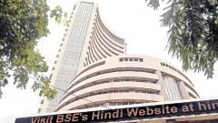 Sensex, Nifty turn choppy on weak global cues, FPI selloff