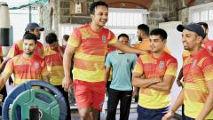 Maharashtra players take part in pre-season conditioning camp at the PYC Hindu Gymkhana on Wednesday.
